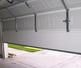 6 Tips For Choosing The Right Garage Door